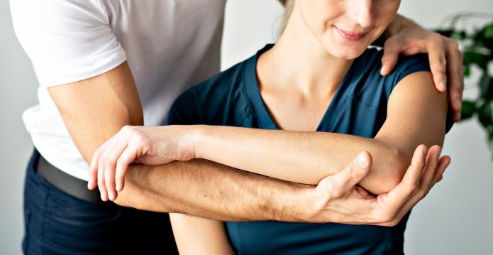 chiropractic adjustment treatment