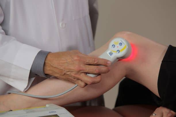photobiomodulation therapy to the knee