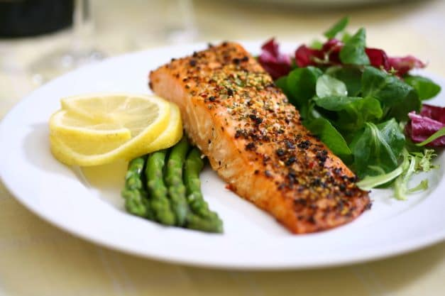 Performance vs Weight-Loss Nutrition in Runners
